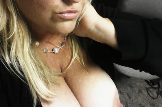grosse poitrine sexy
