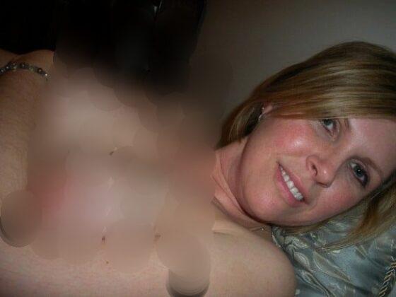 sexe-avec-femme-sexy-gros-seins-dans-hotel-carquefou